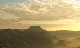 Перемещение горы Phu-Lang-Ga на Prayao стоковая фотография rf