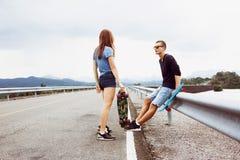 Перемещение дороги доски конька пенни пар Стоковая Фотография