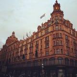 Перемещение Европы harrods торгового центра Лондона открывает Стоковые Фотографии RF