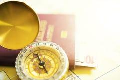 перемещение карты dublin принципиальной схемы города автомобиля малое Золотые карты компаса и пасспорта touristic на th Стоковые Изображения