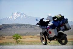 Перемещение мотоцикла приключения в Турции стоковое изображение rf