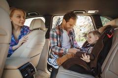 Перемещение отключением семьи автомобиля совместно отдыхает Стоковые Фото