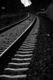 Перемещение поезда пути рельса Стоковые Фотографии RF