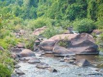 Перемещение реки водопада Стоковые Фото