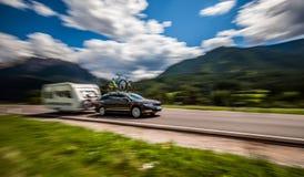 Перемещение семейного отдыха, отключение праздника в motorhome RV, караване ca Стоковое Изображение