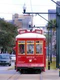 Перемещени-новый Орлеан-трамвай на улице канала Стоковые Фото