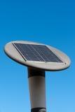 переносной фонарь с батареей вел солнечную улицу Стоковая Фотография