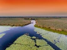 Перепад Дуная на виде с воздуха захода солнца стоковое изображение rf