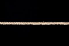 Переплетенная изолированная веревочка Манилы Стоковые Фотографии RF