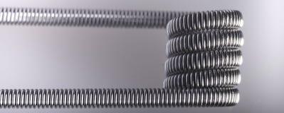 Переплетенный пример катушек multi стренги vaping стоковые фото