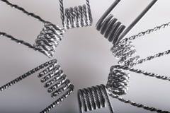Переплетенный пример катушек multi стренги vaping стоковое изображение rf