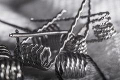 Переплетенный пример катушек multi стренги vaping стоковые изображения rf