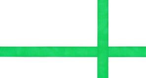 2 пересекая зеленых изолированной ленты сатинировки Стоковая Фотография RF