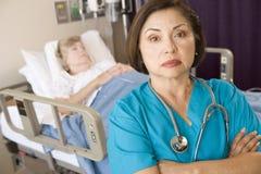 пересеченное рукоятками положение комнаты пациентов доктора Стоковые Фото