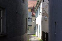 переулок в южном wangen города Германии стоковая фотография rf