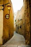 Переулок в Mdina Стоковые Изображения RF