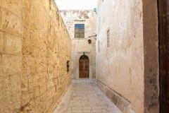 Переулок в Medina, Мальте Стоковые Изображения