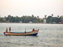 Переход парома деревни Kerela стоковые изображения