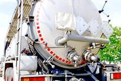 переход трейлера контейнера жидкостный Стоковые Фотографии RF