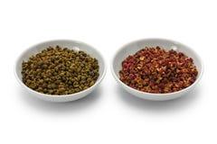 Перец, зеленый цвет и красный цвет Сычуань Стоковое фото RF