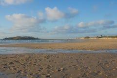 Перешеек Baleal от пляжа Baleal в Peniche, Португалии Стоковая Фотография