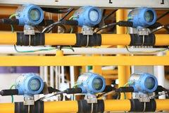 Передатчик давления в процесс нефти и газ, посылает сигнал к давлению в системе, электронному датчику регулятора и чтения Стоковые Фотографии RF