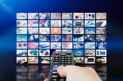 Передача телевидения стены мультимедиа видео- Стоковые Изображения
