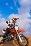 Перед гонкой, пылевоздушная пустыня стоковое фото rf