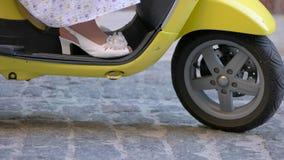 Переднее колесо самоката сток-видео