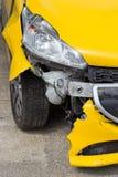 Переднее повреждение автомобиля после аварии Стоковое Изображение