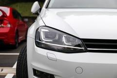 Передний свет современного автомобиля спорт Стоковое Изображение