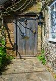 Передняя дверь коттеджа Стоковое фото RF