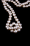 перлы цвета слоновой кости ожерелья Стоковая Фотография