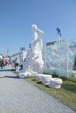ПЕРМЬ, РОССИЯ - 11-ОЕ ИЮНЯ 2013: Бестиарий перми вымышленных персонажей Стоковые Изображения