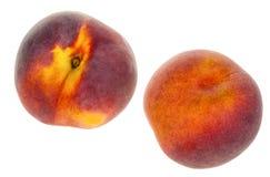 2 персика изолированного на белой предпосылке Стоковые Фотографии RF