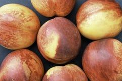 Персики закрывают Стоковые Изображения