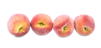 Персики сочного лета яркие красные, плодоовощи для здоровой диеты лета изолированные на белой предпосылке Стоковая Фотография RF
