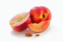 Персик на белой предпосылке Стоковое фото RF
