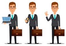 Персонаж из мультфильма бизнесмена Молодой красивый усмехаясь бизнесмен в деловом костюме иллюстрация вектора