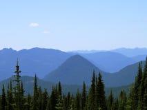 Перспектива гор каскада Стоковое Фото