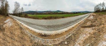 Перспектива снятая нижнего железнодорожного пути конструкции Стоковые Фото