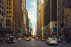 Перспектива улицы Нью-Йорка Стоковое Фото