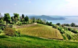 Перспектива Lago Maggiore, Nebbiuno Италии Стоковое Фото