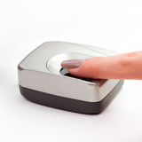 Перст на биометрическом блоке развертки Стоковое фото RF