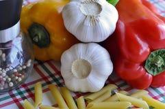 перцы макаронных изделия стоковые фото