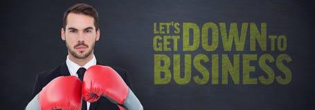 Перчатки бокса бизнесмена нося Стоковое Изображение