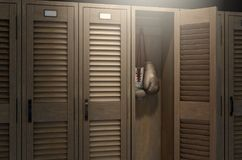 Перчатки бокса в винтажном шкафчике Стоковое фото RF