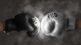2 перчатки бокса символизируют сражение для решения Стоковое Фото
