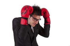 перчатки принципиальной схемы конкуренции бизнесмена бокса агрессивности стоковое изображение