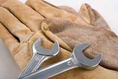 перчатки работая ключ Стоковое Изображение